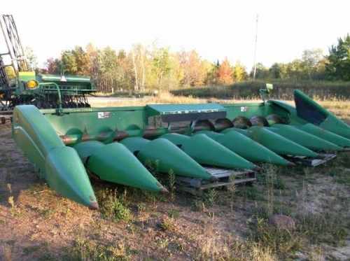 John Deere 893 Corn Head ( Combines )